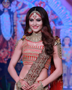 Photos: Urvashi Rautela Walks Ramp At Bombay Times Fashion Week 2020