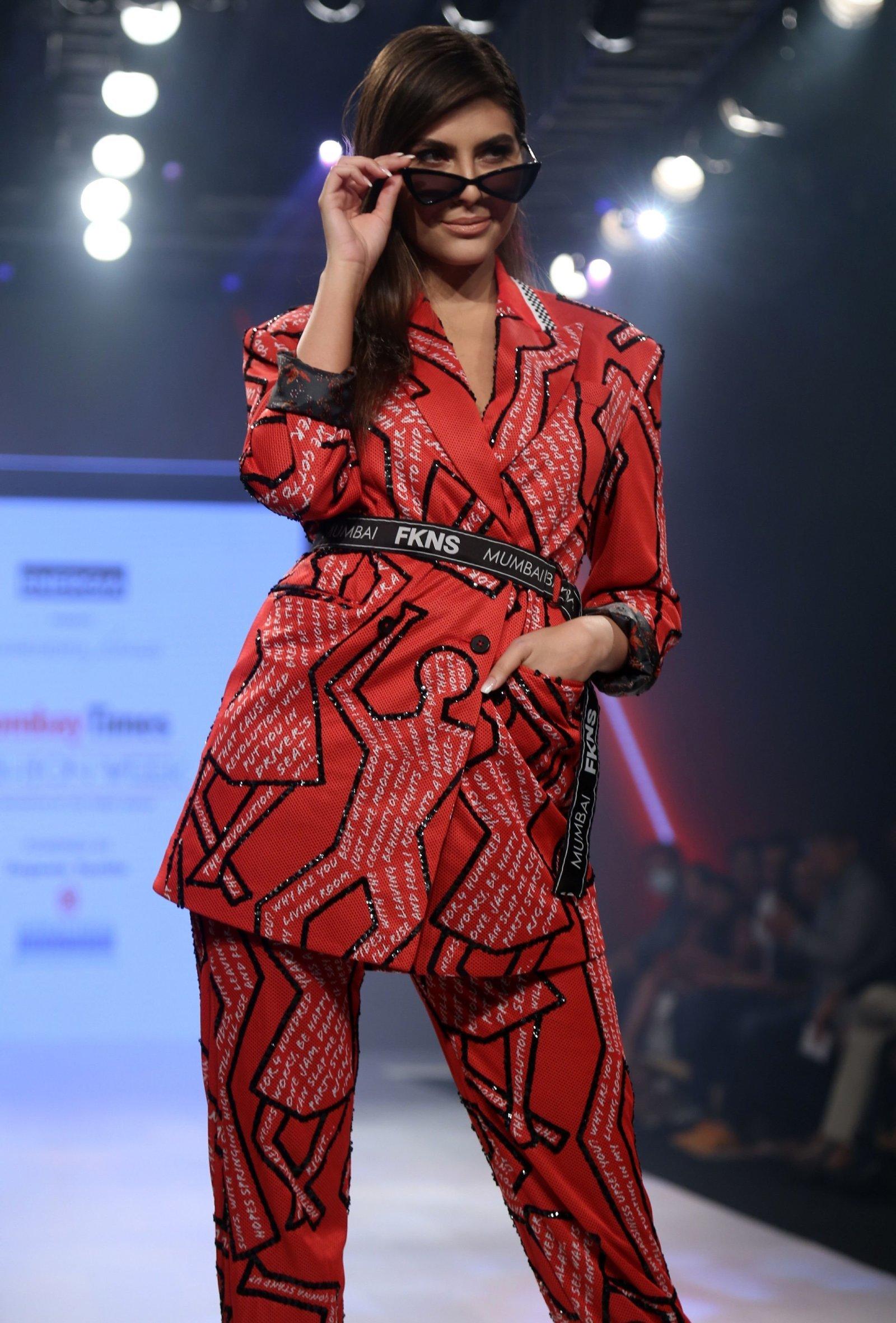 Elnaaz Norouzi - Photos: Bombay Times Fashion Week 2020 Day 3 | Picture 1726730