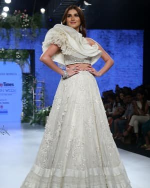 Tara Sutaria - Photos: Bombay Times Fashion Week 2020 Day 3