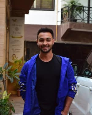 Aayush Sharma - Photos: Celebs Spotted At Juhu
