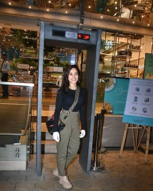 Photos: Nushrat Barucha Spotted At Food Hall | Picture 1726914