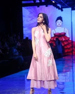 Shriya Pilgaonkar - Photos: Lakme Fashion Week Winter Festive 2019 | Picture 1677537