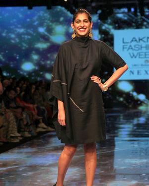 Kubbra Sait - Photos: Lakme Fashion Week Winter Festive 2019