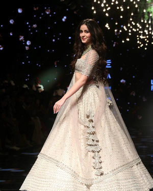 Ananya Panday - Photos: Lakme Fashion Week 2019 - Day 4