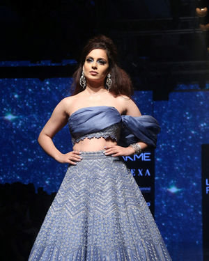 Kangana Ranaut - Photos: Lakme Fashion Week Winter Festive 2019