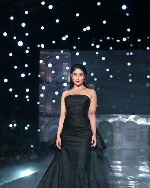 Kareena Kapoor - Photos: Lakme Fashion Week Winter Festive 2019 | Picture 1678853