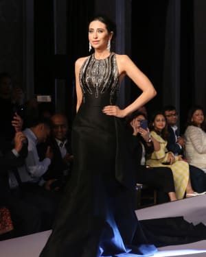 Karisma Kapoor - Photos: Celebs Walks The Ramp at Forever Mark's Red Carpet Collection Show