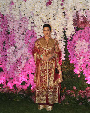 Sonali Bendre - Photos: Akash Ambani & Shloka Mehta Wedding at Jio World Centre
