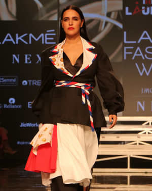 Neha Dhupia - Photos: INIFD Launchpad Show At LFW 2020 | Picture 1720058