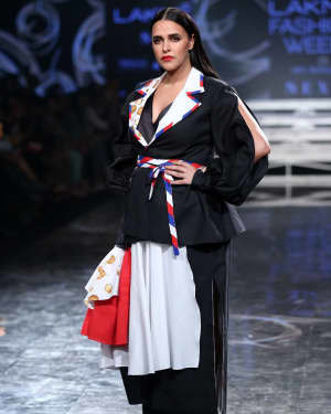 Neha Dhupia - Photos: INIFD Launchpad Show At LFW 2020 | Picture 1720072