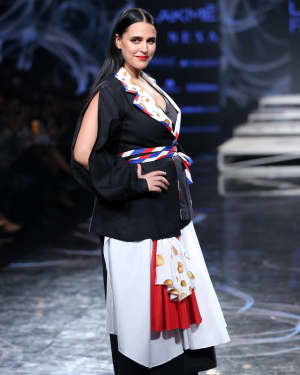 Neha Dhupia - Photos: INIFD Launchpad Show At LFW 2020 | Picture 1720074