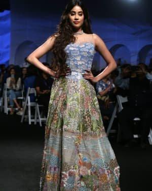Janhvi Kapoor - Photos: Opening Show Of Lakme Fashion Week 2020 At Jio Garden | Picture 1720098