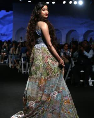 Janhvi Kapoor - Photos: Opening Show Of Lakme Fashion Week 2020 At Jio Garden | Picture 1720085