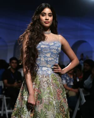 Janhvi Kapoor - Photos: Opening Show Of Lakme Fashion Week 2020 At Jio Garden | Picture 1720104