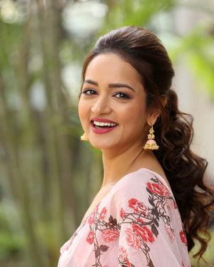 Shanvi Srivastava - Athade Srimannarayana Movie Press Meet Photos | Picture 1709183