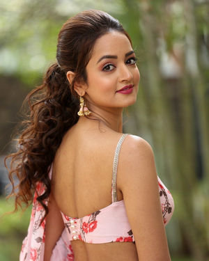 Shanvi Srivastava - Athade Srimannarayana Movie Press Meet Photos | Picture 1709193