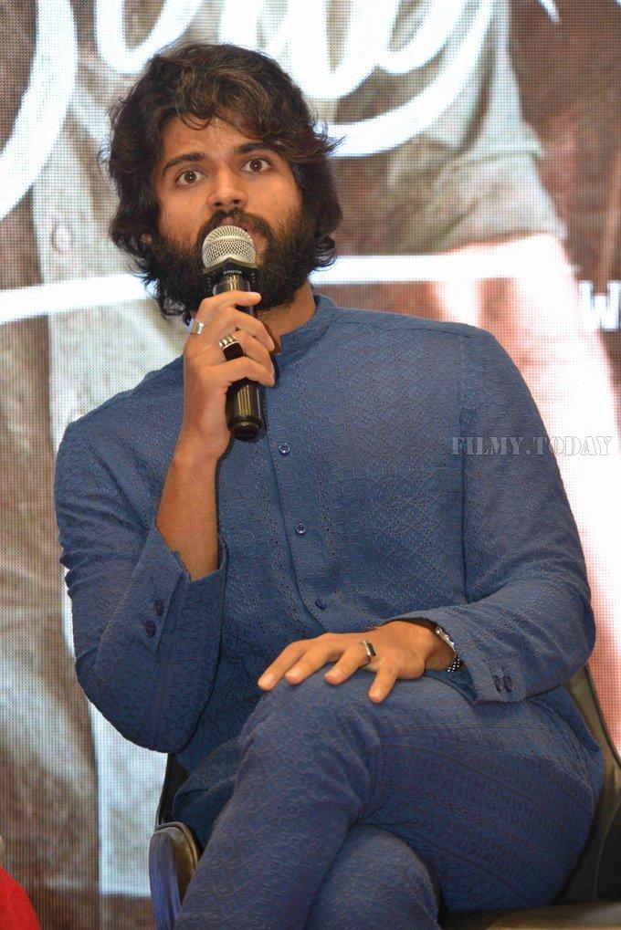 Vijay Devarakonda - Dear Comrade Kannada Film Press Meet Photos   Picture 1663617