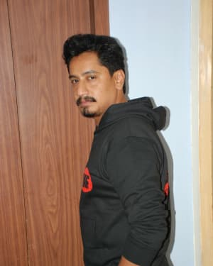 Sanchari Vijay - Aatakuntu Lekkakilla Film Trailer Release Photos   Picture 1670698