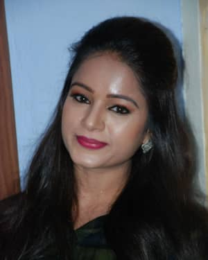 Duniya Rashmi - Aatakuntu Lekkakilla Film Trailer Release Photos