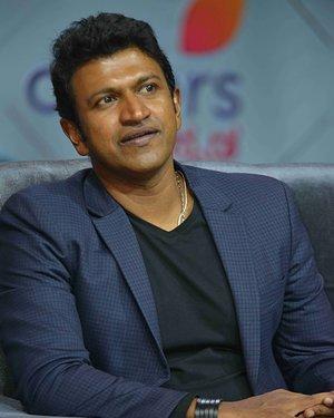 Puneeth Rajkumar - Kannada Kotyadhipati 2019 Reality Show Press Meet Photos | Picture 1655218