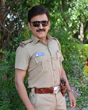 Ramesh Aravind - 100 Kannada Film Pooja And Press Meet Photos