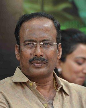 100 Kannada Film Pooja And Press Meet Photos | Picture 1655355