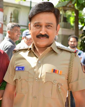 Ramesh Aravind - 100 Kannada Film Pooja And Press Meet Photos | Picture 1655330
