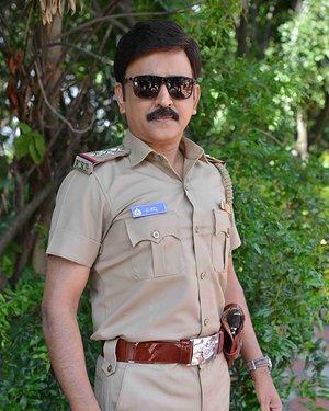 Ramesh Aravind - 100 Kannada Film Pooja And Press Meet Photos | Picture 1655349
