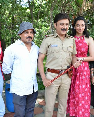 100 Kannada Film Pooja And Press Meet Photos | Picture 1655353