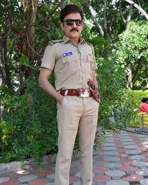 Ramesh Aravind - 100 Kannada Film Pooja And Press Meet Photos | Picture 1655350