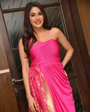 Nikki Tamboli Photos at Kanchana 3 Audio Release
