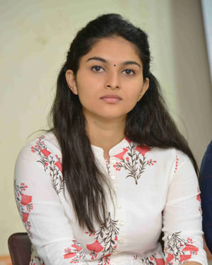 Kayadu Lohar - Mugilpete Film Press Meet Photos | Picture 1699619