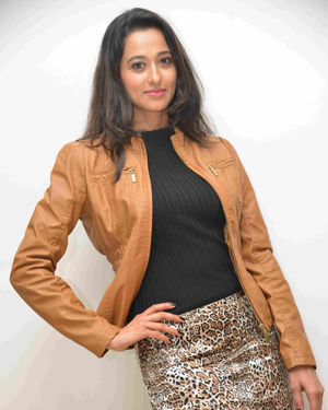 Radhika Chetan - Mundina Nildana Film Press Meet Photos | Picture 1700309
