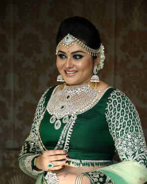 Namitha - Santhoshi's One Day Makeup & Hair Seminar Event Photos | Picture 1700530