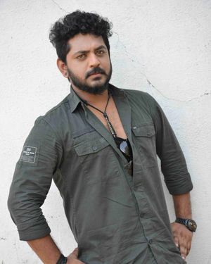 Aryan Surya - Tempar Kannada Film Pooja And Press Meet Photos   Picture 1701855