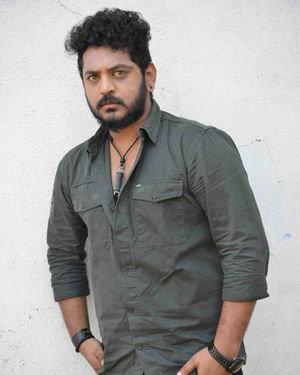 Aryan Surya - Tempar Kannada Film Pooja And Press Meet Photos | Picture 1701854