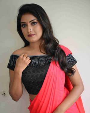 Sonika Gowda - Naane Raja Kannada Film Press Meet Photos | Picture 1684211