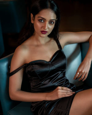 Shanvi Srivastava Photoshoot By Sandeep MV | Picture 1684539