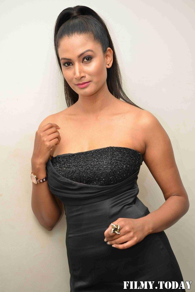 Samhita Vinya - Vishnu Circle Kannada Film Press Meet Photos   Picture 1684441