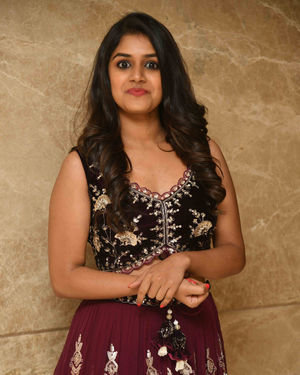Sanjana Anand - Salaga Film Song Release Photos   Picture 1713380