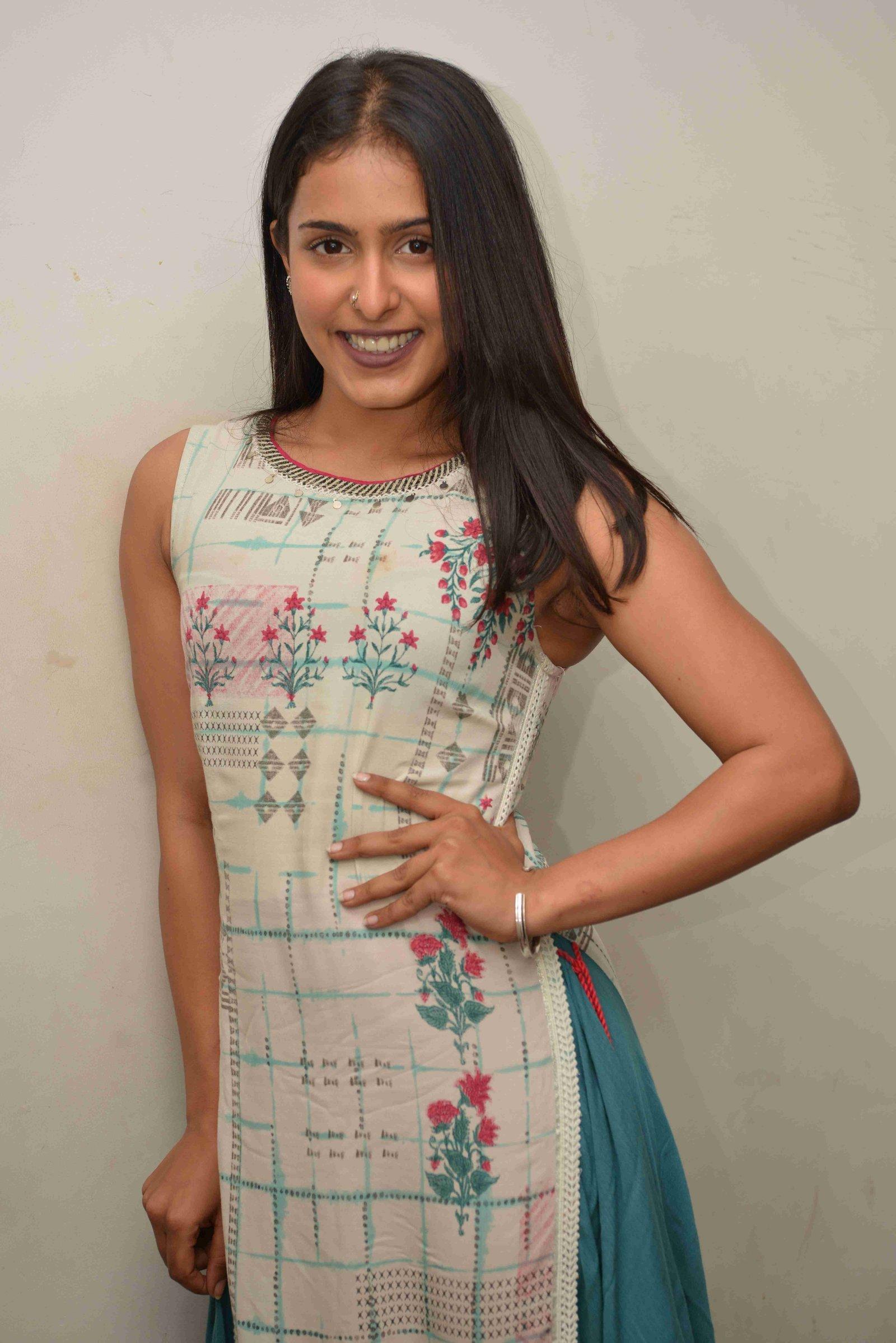 Samyuktha Hegde At Thurthu Nirgamana Press Meet Photos | Picture 1726716