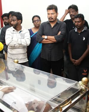 Photos: Celebs Pays Last Respect To Director Mahendran | Picture 1640799