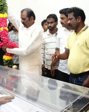 Photos: Celebs Pays Last Respect To Director Mahendran | Picture 1640813