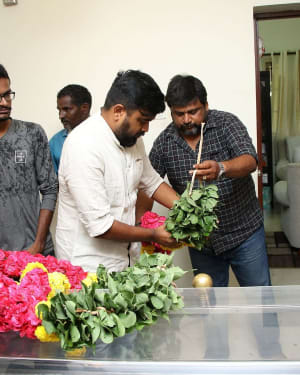 Photos: Celebs Pays Last Respect To Director Mahendran