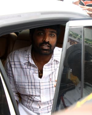 Vijay Sethupathi - Tughlaq Darbar Movie Pooja Photos | Picture 1671895