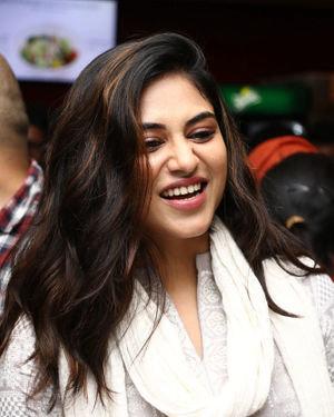 Indhuja Ravichandran - Sillu Karupatti Movie Premiere Show Photos | Picture 1711632
