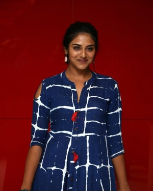 Indhuja Ravichandran - Raatchasi Movie Premiere Show Photos | Picture 1660326