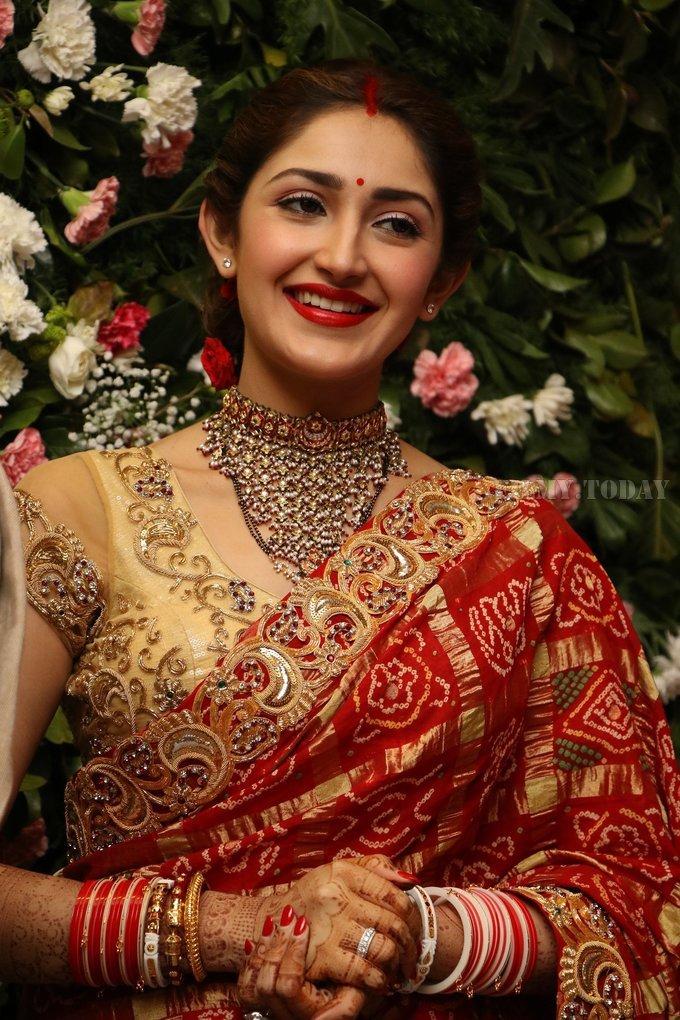 Sayyeshaa Saigal - Arya And Sayesha Saigal Wedding Reception Photos | Picture 1635875