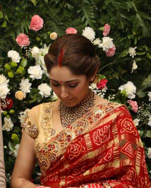 Sayyeshaa Saigal - Arya And Sayesha Saigal Wedding Reception Photos