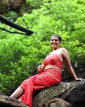 Varalaxmi Sarathkumar - Neeya 2 Film Hot Stills